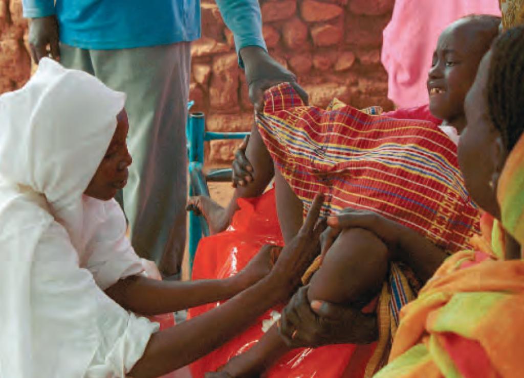 Besnijdenis bij jonge meisjes in Sudan Foto's: Philip Jol