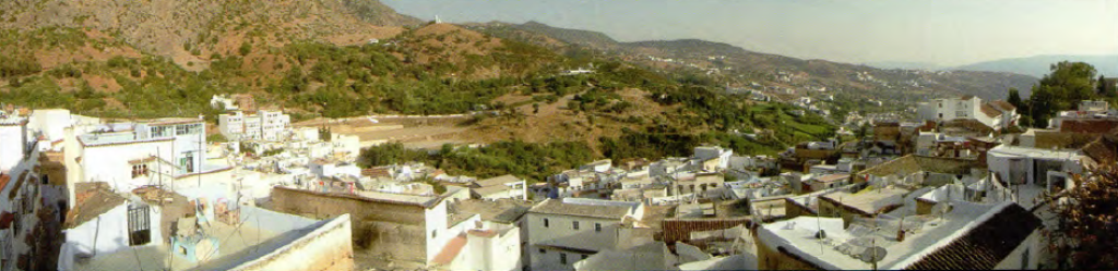 Panorama van Chaouen in het Marokkaanse Rifgebergte.